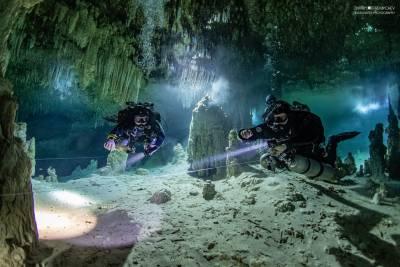 Full cave diver TDI